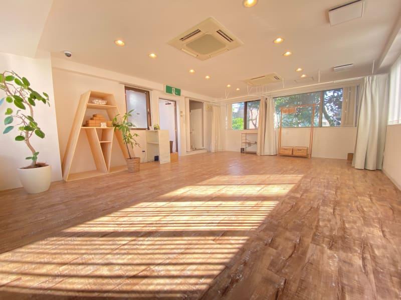 多目的レンタルスタジオ『LIF』 多目的スペースの室内の写真