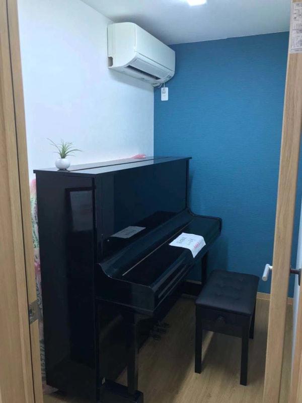船橋レンタル教室 ピアノ教室の室内の写真