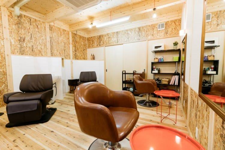 タマリバ美容部 美容室レンタルブースの室内の写真