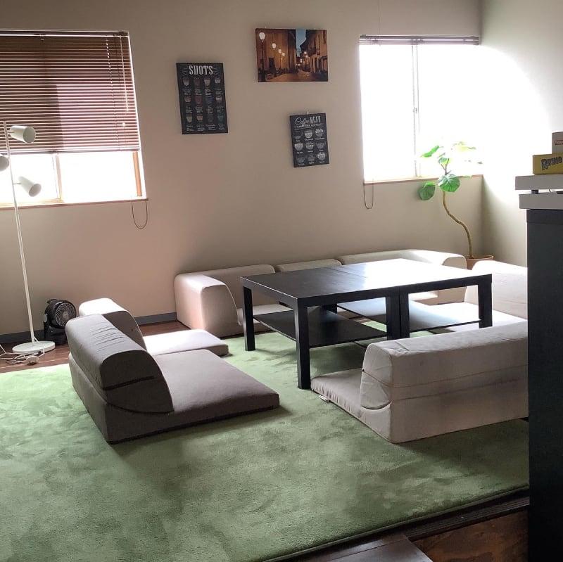 2階の小上がり、半個室の感覚で使えます - ボードゲームカフェ7Gold キッチン付きレンタルスペースの室内の写真