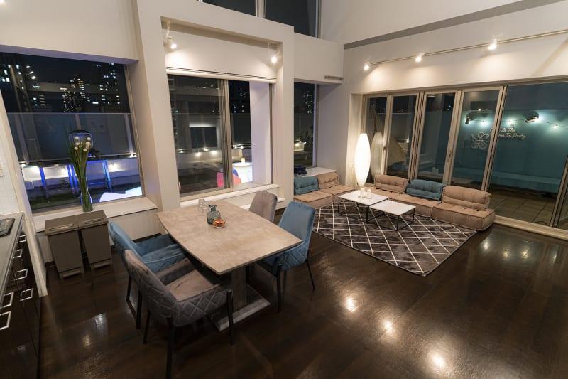 大人可愛いモダンな雰囲気 - マイスペ+なんば テラス付きパーティースペースの室内の写真