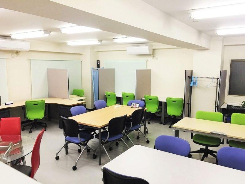 川口スペース セレンディピタス フリー席 (1名様)の室内の写真