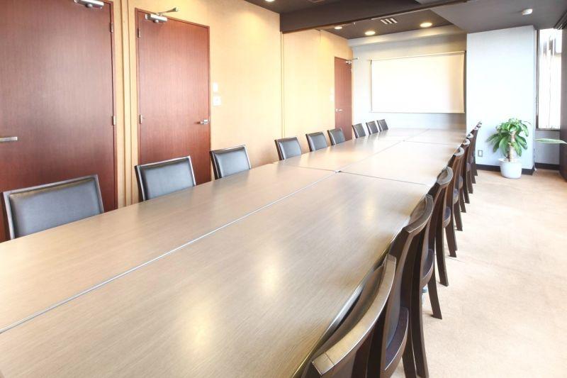 Natuluck四谷駅前 大会議室(20名様)の室内の写真