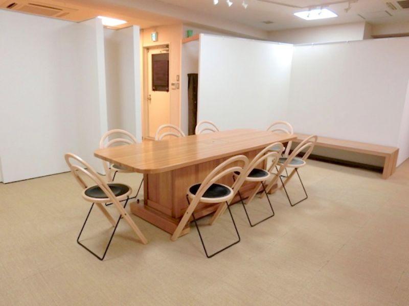 新橋レンタルスペース 銀の鈴 多目的スペースの室内の写真