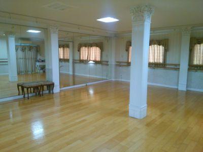 マユミバレエスタジオ(荻田) バレエやダンスの練習場です。の室内の写真