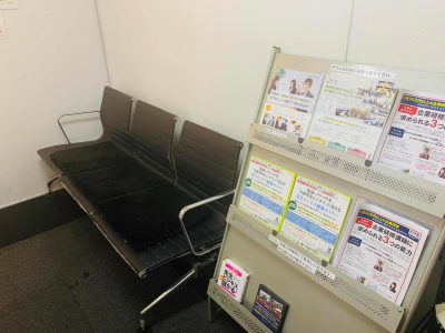 【新宿】知恵の場オフィス 別館 新宿駅徒歩7分!会議室B 3名の入口の写真