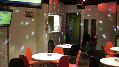 マジックワールド久留米店 パーティールーム×2の室内の写真