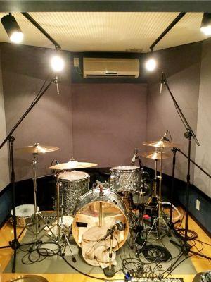 レヴォリューションスタジオ 音楽スタジオの設備の写真