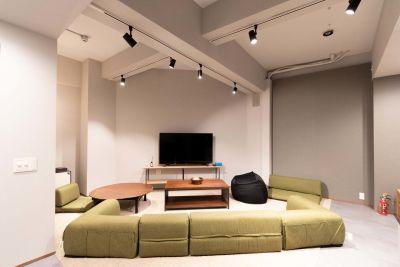 045_【B1F】slow南大塚 キッチンスペースの室内の写真