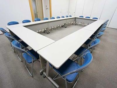 名古屋会議室 法研中部久屋大通店 第1会議室の室内の写真