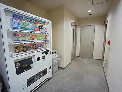 名古屋会議室 法研中部久屋大通店 第1会議室の設備の写真