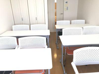 クロエ/川崎駅徒歩6分/最上階 Wifi/モニタ/ホワイトボードの室内の写真