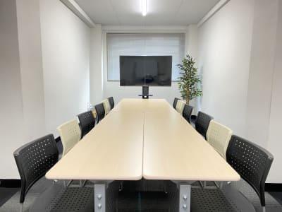 お気軽会議室大阪梅田の室内の写真