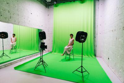 クロマキー撮影も可能です! ※当スタジオ利用作品動画をご参照ください - 【格安撮影】インザハウスCst.の室内の写真