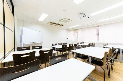 ワン・デイ・オフィス 第2会議室 会議室【企業研修24H利用可能】の室内の写真