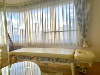 施術用ベッド - サロンルーム 広尾5丁目 サロンスペース (女性専用)の設備の写真