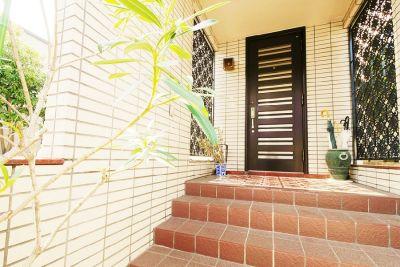 祐天寺アトリエ ゆったり30畳+キッチンの入口の写真