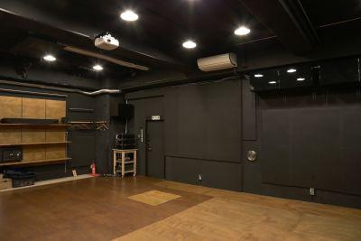 アトリエTANTOO 【上映会・撮影スタジオ使用】の室内の写真