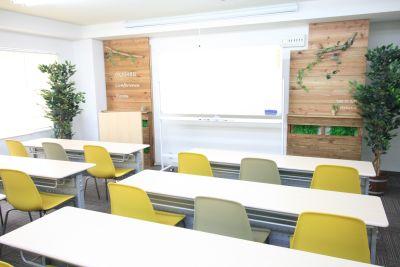 お気軽会議室新大阪groveの室内の写真