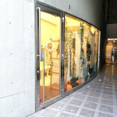 SUM FIELDS ワークショップパーティスペースの入口の写真