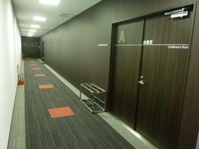 大阪会議室 松下IMPビル会議室 A会議室(2階)の入口の写真