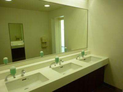 大阪会議室 松下IMPビル会議室 B会議室(2階)の設備の写真