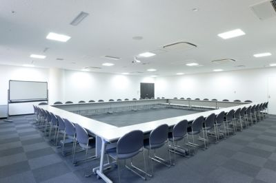 大阪会議室 松下IMPビル会議室 C会議室(2階)の室内の写真
