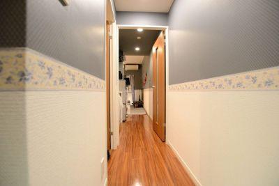 080_mysa新宿 キッチンスペースの室内の写真