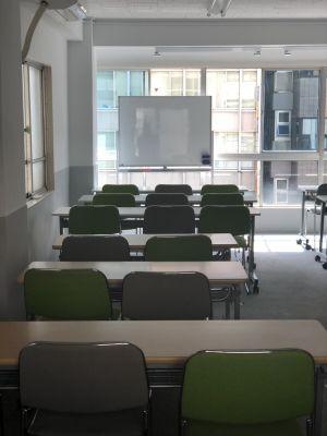 港屋ビル ワンコイン会議室飯田橋東口会議室の室内の写真