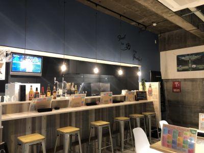 Cafe & Bal uno unoスペースの室内の写真
