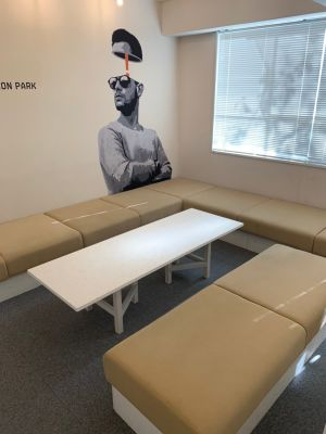 オフィスパーク 六本木コークス 【個室】プレゼンテーションルームの室内の写真