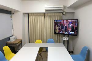 会議室 Y's BOX 横浜 貸し会議室の室内の写真
