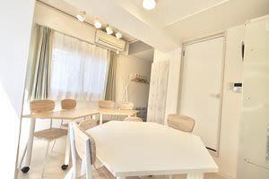 オンズ@名駅 レンタルスペースの室内の写真