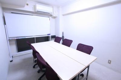 芝ダイヤハイツ コモンズ浜松町大門駅前会議室の室内の写真