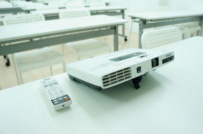レンタルスペースフォレスト 会議セミナー、教室、物販展示会の設備の写真