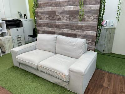 ソファースペース  - スターネスジャパン会議室 吹上のレンタルスペース、貸会議室の室内の写真