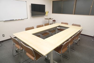 新大阪セミナーオフィスO-1~3 ルームO-2の室内の写真