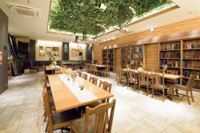 天満ガーデン Garden Lounge の室内の写真