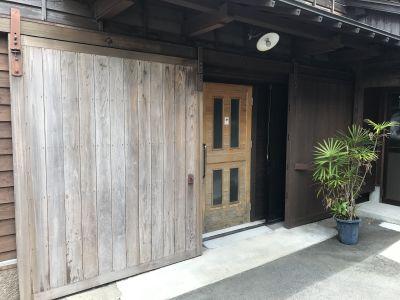 日南スペース 貸スタジオ イベントの貸切にの入口の写真