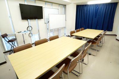 新宿セミナーオフィス 新宿御苑前貸し会議室ルームS2の室内の写真