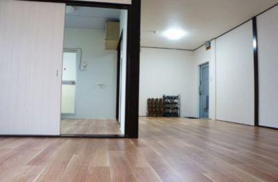 シルクロード八木 ホームパーティーやミニセミナーの室内の写真