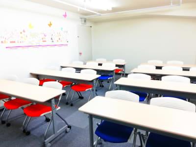 スクール形式 後方 - meeting roomJACK JACKの室内の写真