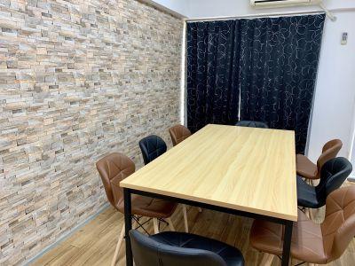 スカイ☆駅チカ会議室リハコ 駅チカ貸し会議室の室内の写真