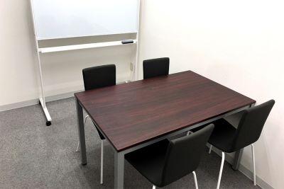 自習室うめだの貸し会議室 3ビル 2階63-G号室の室内の写真