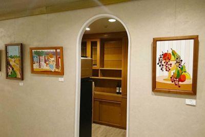 ポンテ 展示、セミナー、イベントスペースの室内の写真