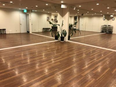 ダンススタジオ&レンタルスペース Aスタジオの室内の写真