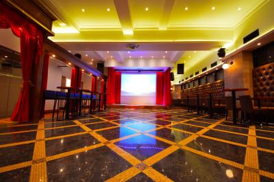 劇場型空間 レイアウトは自由です - SuNaBa 多目的レンタルスペースの室内の写真