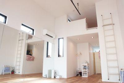 ヨガダンスアートスタジオbetterhalfレンタルスペース スタジオ貸切の室内の写真