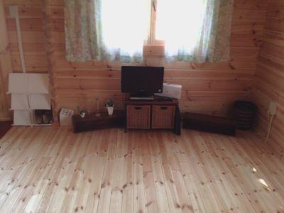 プティキューブ 小さいけれど独立した建物のフリースペースの室内の写真