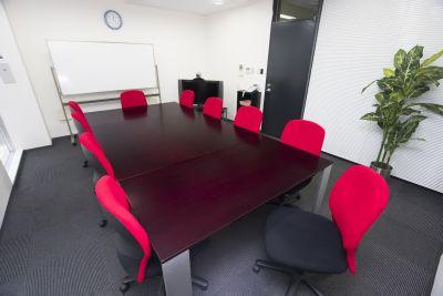 fabbit博多 貸会議室の室内の写真
